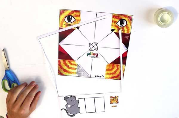 Faire une cocotte en papier - étape 1a