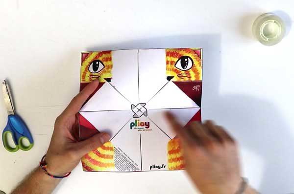 Faire une cocotte en papier - étape 2c