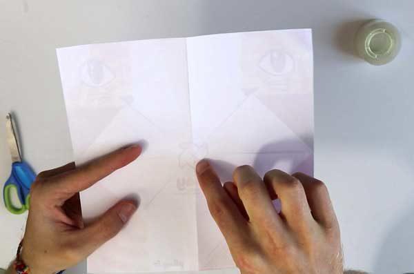 Faire une cocotte en papier - étape 3