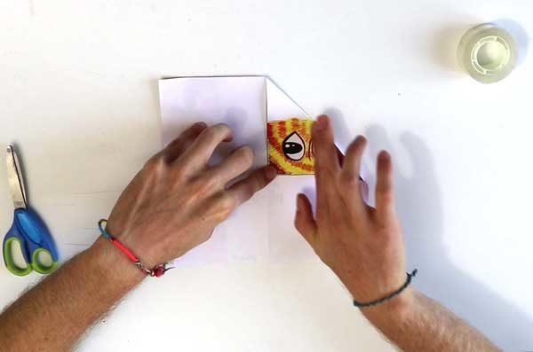 Faire une cocotte en papier - étape 3a