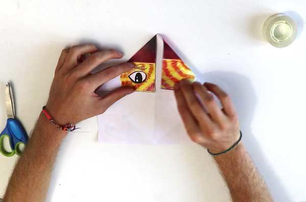 Faire une cocotte en papier - étape 3b