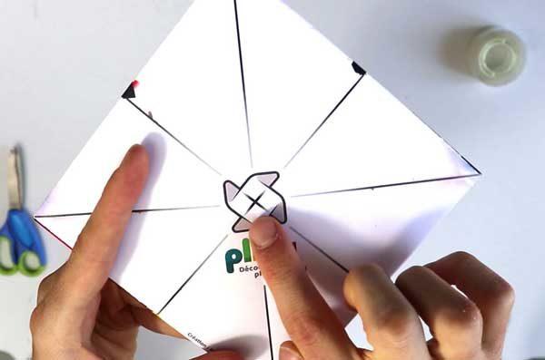 Faire une cocotte en papier Pliat - étape 4a