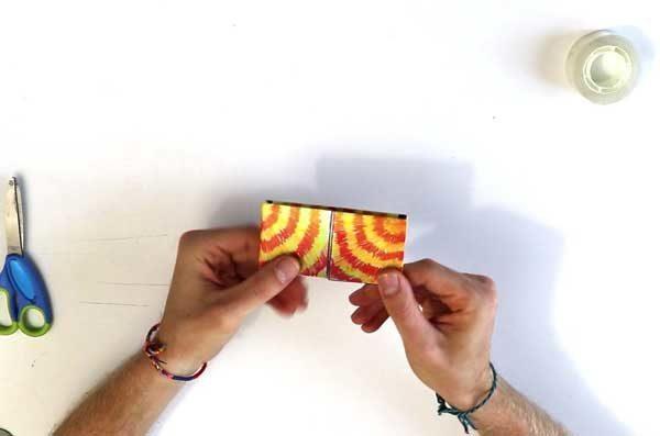 Rangement de marionnette en papier