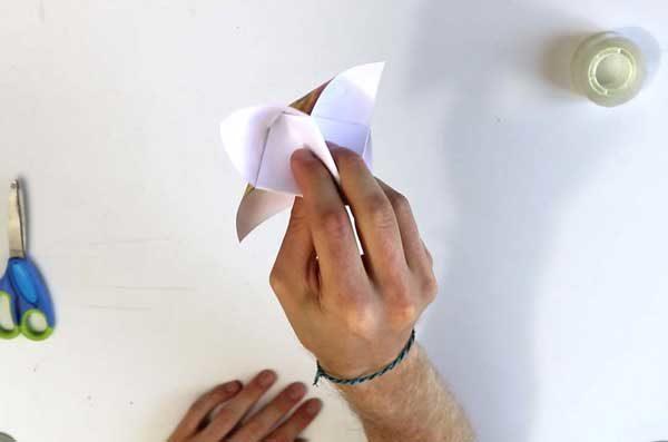 Faire parler sa cocotte en papier - étape 5f