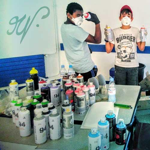 Ateliers Graffiti pour enfants, activités créatives pour anniversaires ou en collectivités - par Nicolas Maurel Art