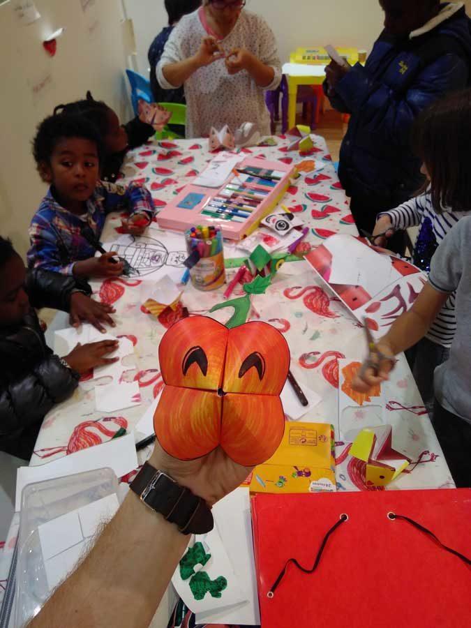 Ateliers créatifs spécial Halloween en centre commercial avec option garderie.